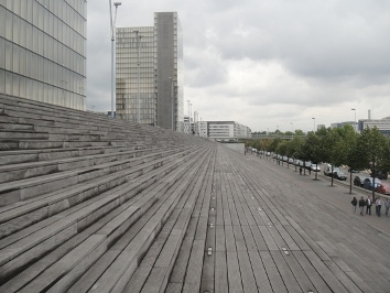 estacade de la bibliothèque nationale