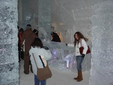 l'entrée hotel de glace