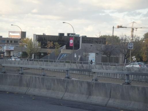 station métro de la savane montréal