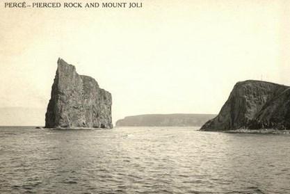rocher percé et mont joli