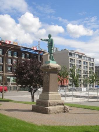monument a chenier