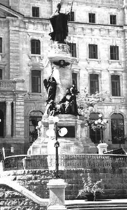 Le monument à Laval