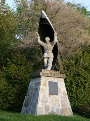 monument portageur