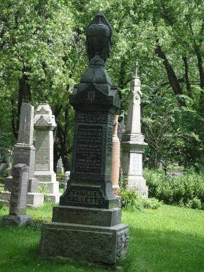 monument victorien typique