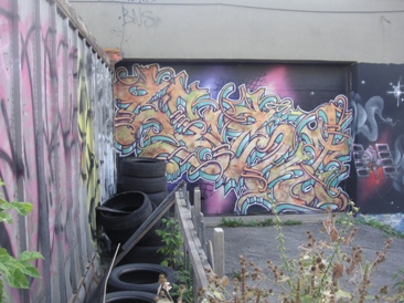 mural violet