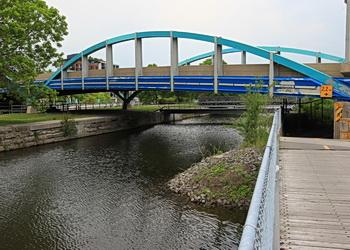 pont sur canal lachine