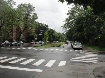 rue_bernard dans l'outremont