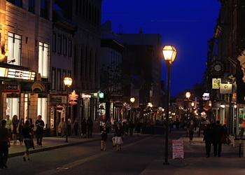rues vieux quebec la nuit