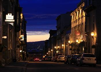rue de québec illuminée