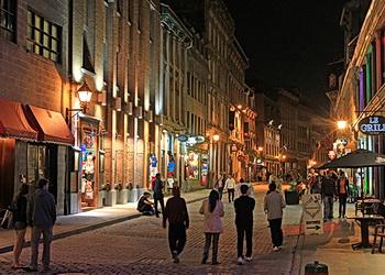 rue st-paul la nuit