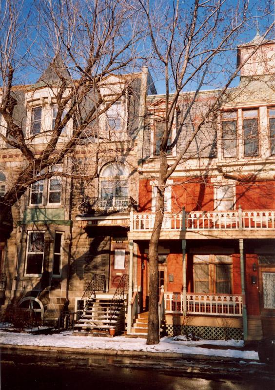 Maisons Avenue Laporte 2 copyright Grandquébec