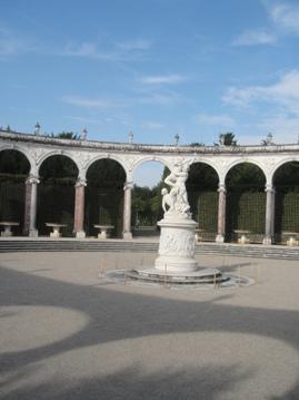 sculpture fontaine versailles