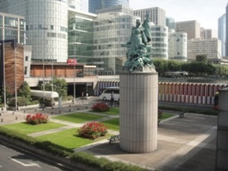 statue de la défense de paris