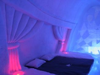 suite de l'hotel des glaces