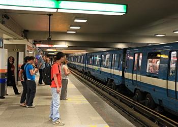 usagers de métro de montréal