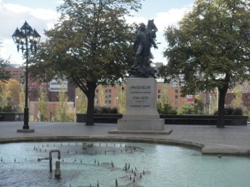 vaquelin monument