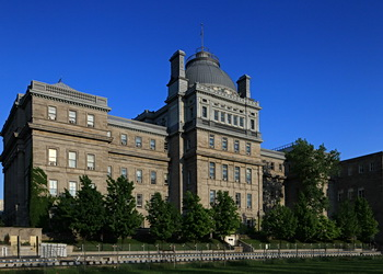 vieux palais de montréal