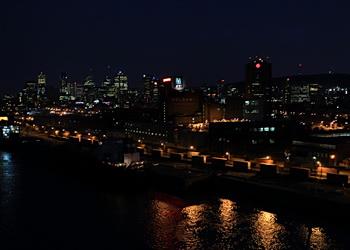 vieux port la nuit